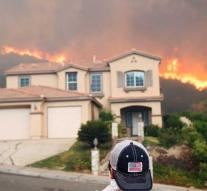 21,000 people fled for California fire