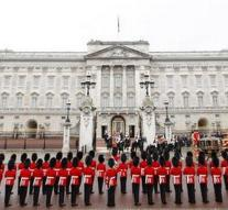 430 million to 'ruin' Buckingham Palace