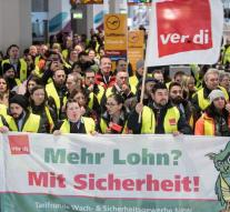 643 flights canceled by strike Germany
