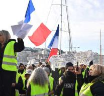 Again dead when demonstrating yellow vests
