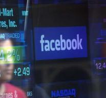 American regulator investigates Facebook