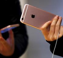 Apple dominates gadget Yahoo search terms