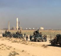 Army Iraq raises at Kirkuk