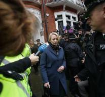 Assange questioned in Ecuador embassy