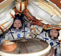 Astronauts from ISS safely back on earth