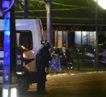 ' Attackers Paris had contact with IS'