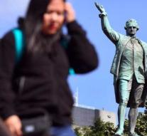 Australia wants monument for Captain Cook