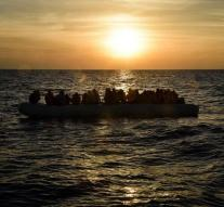 Boats with 305 Syrians reach Cyprus safely