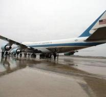 Boeing promises Trump cheap Air Force One