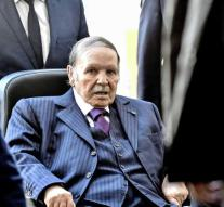 Bouteflika confirms his candidacy