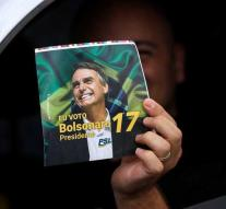 Brazil chooses new president: 'outsider' Jair Bolsonaro at the top