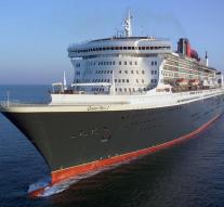 British elderly falls from cruise ship