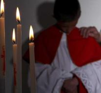 Catholic church Spain admits abuse