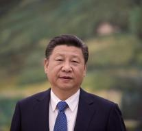 Chinese leader defends contract army