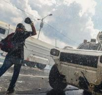CIA warns about weapons Venezuela