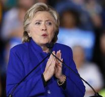 'Clinton climbs out of dip