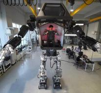 Crewed mega robot takes first steps