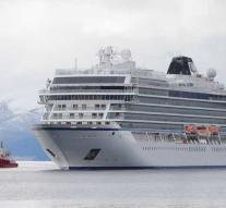 Cruise ship reaches port after near-disaster