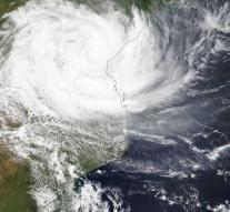 'Deadly cyclone Africa above 150'