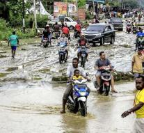Deadly storm Indonesia continues to rise