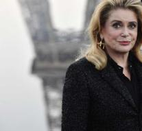 Design Saint Laurent for Deneuve under the hammer