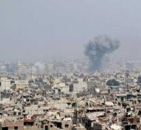 Dozens of people are killed by air strike in Syria