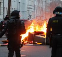 Dozens of policemen injured in riots Leipzig