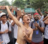 Dozens of students injured after protest for safe traffic in Bangladesh