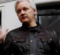 Ecuador imposes new house rules on Assange