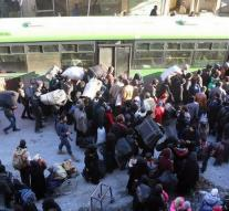 Evacuations from Aleppo resume