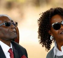 Family is paying for very old Mugabe