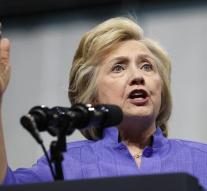 FBI reopens investigation into emails Clinton