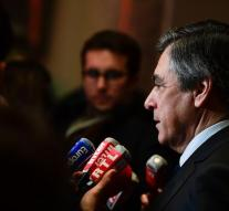 Fillon takes sanctions against Moscow meaningless