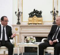 France: collaboration with Assad option