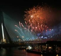 Free public transport to and from fireworks Erasmus Bridge