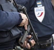 French police arrest terror suspects