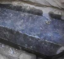 Gigantic sarcophagus of more than 2000 years old discovered