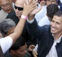 Guaidó leads demonstration in Caracas