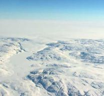 Huge crater discovered under ice Greenland