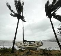 Hundreds of requests for help after cyclone Debbie