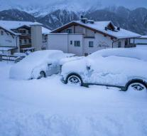 'Hutto tourists' rescued from snow near Salzburg