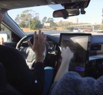 IPhone hacker makes its own autonomous car