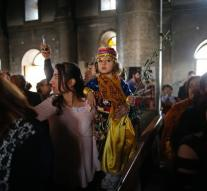 Iraqis Qaraqosh again celebrate Palm Sunday