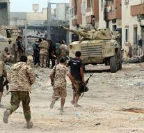 IS expel Libyan soldiers from Sirte