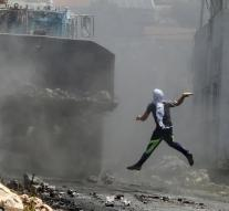 Israel army shoots Palestinians dead