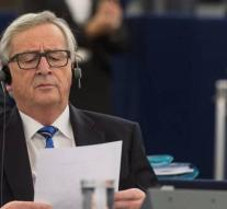 Juncker wants consistent approach to fake news