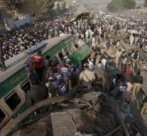 Killed in train collision in Pakistan