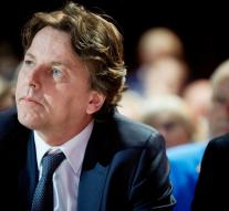 Koenders stresses hotline with Russians