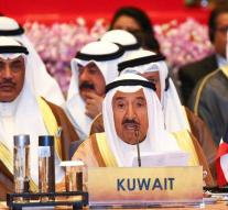 Kuwait emir parliament sends home