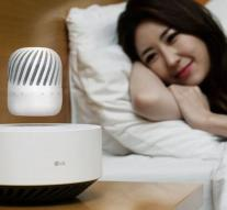 LG makes floating speaker